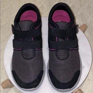 Women's Vionic Sneakers